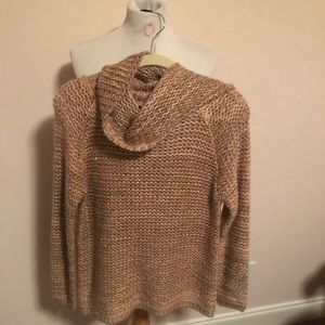 Mirumi Cowl neck Sweater